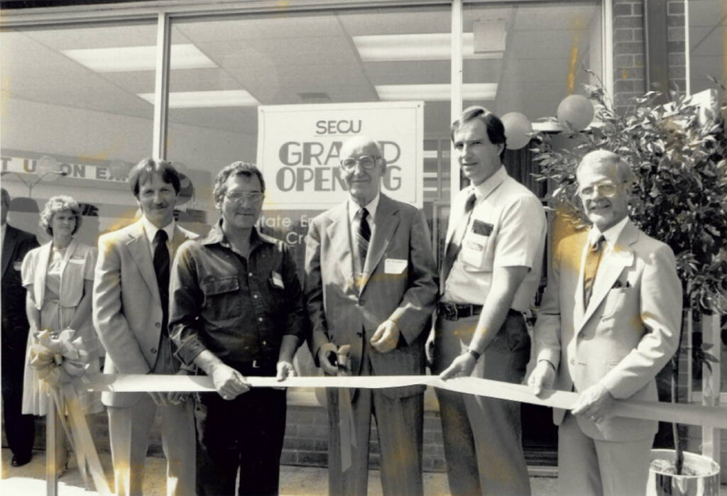 LaVale Grand Opening 1986